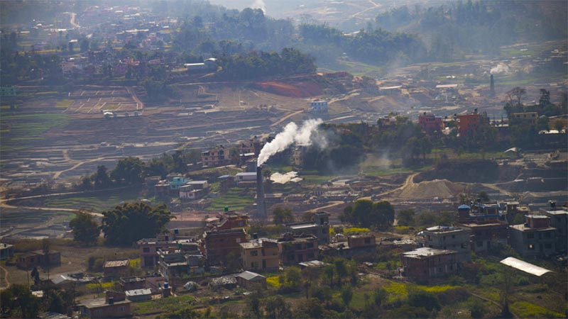 Traditional brick kilns continue to pollute air, take life and cause huge financial loss: World Bank Report